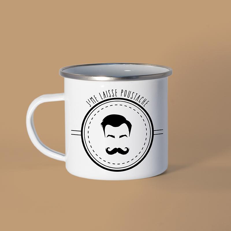 Mug en métal émaillé avec un homme moustachu