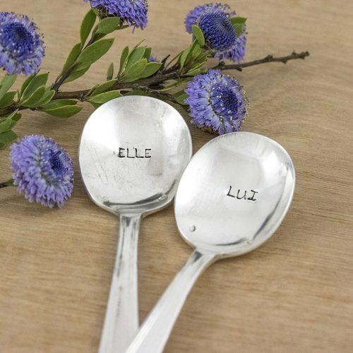 """2 cuillères gravées personnalisées """"elle"""" et """"lui"""""""