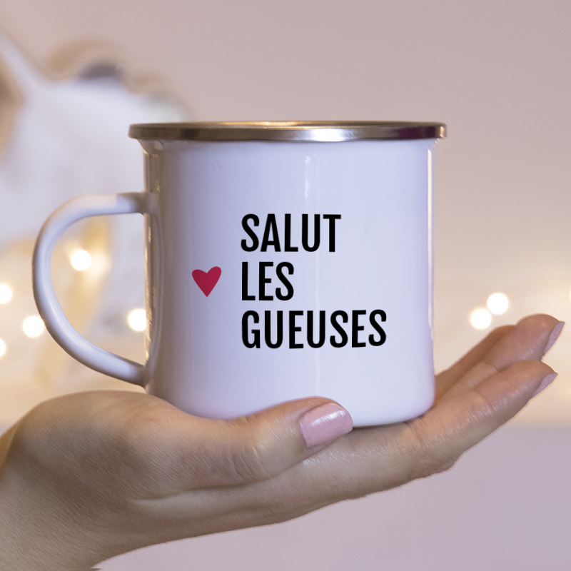 Typographie simple noir pour personnaliser un mug