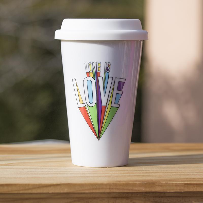 mug porcelaine take away Love is Love